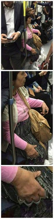 Un día normal en el metro de Moscú