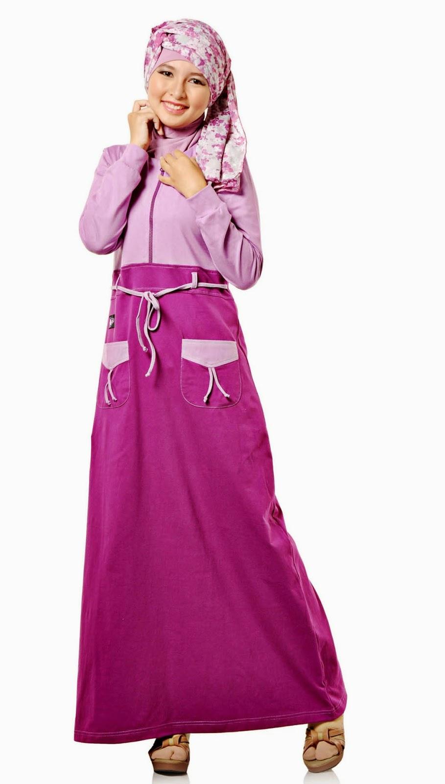 10 Model Baju Muslimah Modis Berbahan Kaos