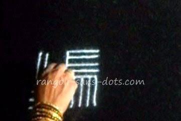 rangoli-with-lines-1.jpg