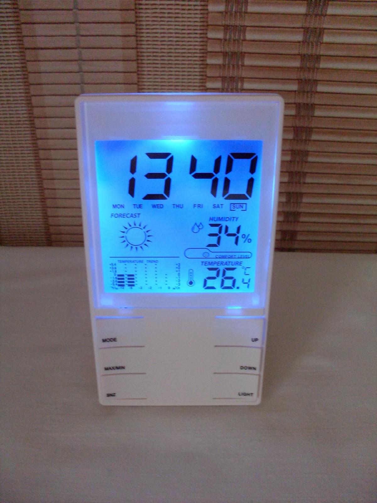 Электронный термометр гигрометр  со светодиодной подсветкой