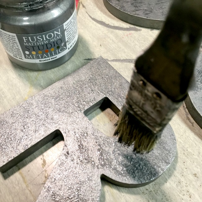 How to Create a Galvanized Steel Look Using Paint www.homeroad.net