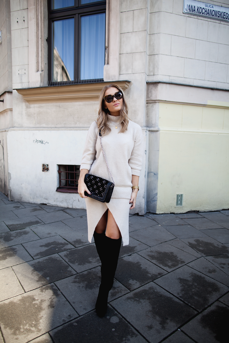 Over the knee boots streetstyle
