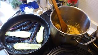 出張料理1グラタンとパスタの仕込み