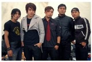 Download Lagu Mp3 Terbaik Band Vagetoz Full Album Aku Hanya Ingin Kau Tau (2009) Lengkap