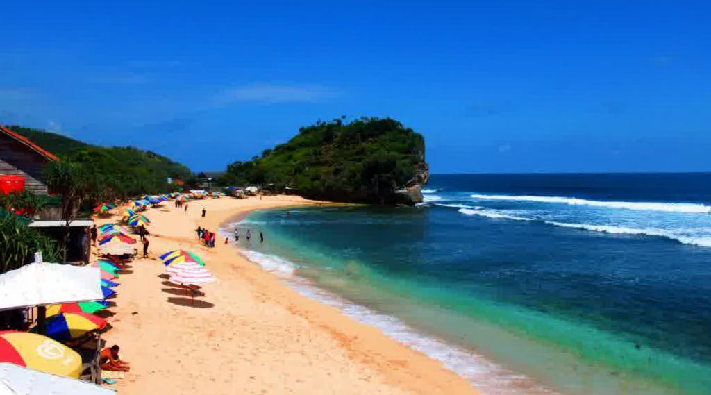 Pantai Indrayanti indah