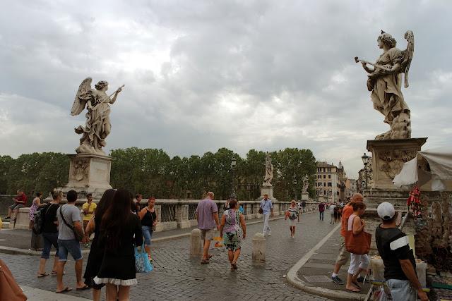 Pont Saint-Ange, Bernin, Tibre, Rome, Roma, Italie, blog, vlog, photo, statues,
