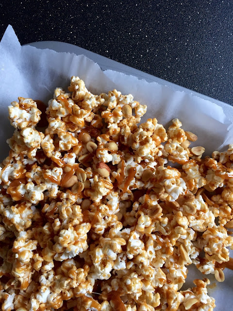 3 Ingredient Crunchy Caramel Corn Recipe - greysuede.com