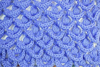 2 - Crochet IMAGEN Punto a relieve combinado con punto puff. MAJOVEL CROCHET