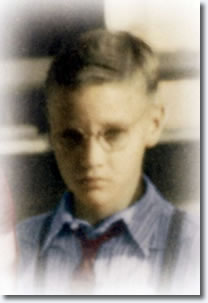 Favouwrites Elvis Presley As A Child And Teenager Photos