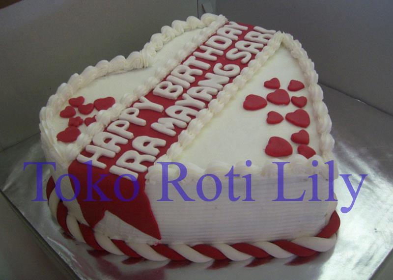 Lily Cake Shop Banjarmasin Kue Ultah Bentuk Love