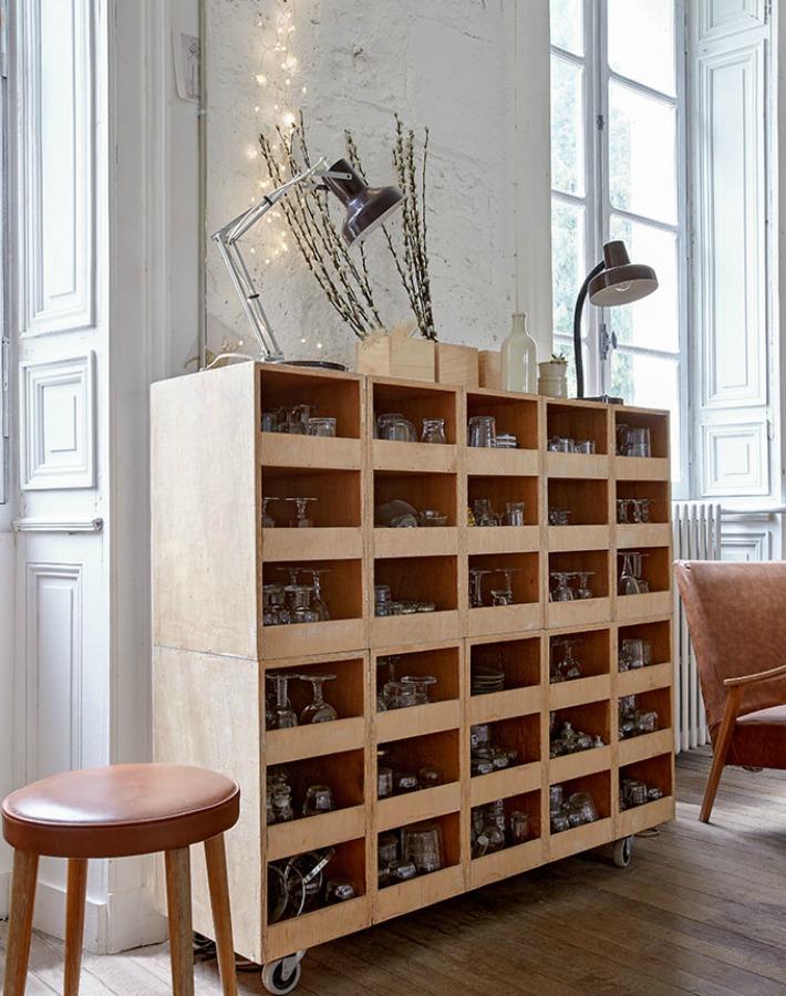 Un hogar creativo con cajas de madera
