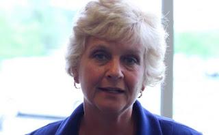 Pastorul principal al bisericii Rockside Church, Donna Barrett, care a fost aleasă prima femeie în rolul de Secretar General al Assemblies of God USA, foto preluat de pe christianpost.com