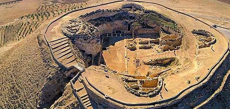 Herodium: no alto de um morro cônico uma fortaleza-túmulo