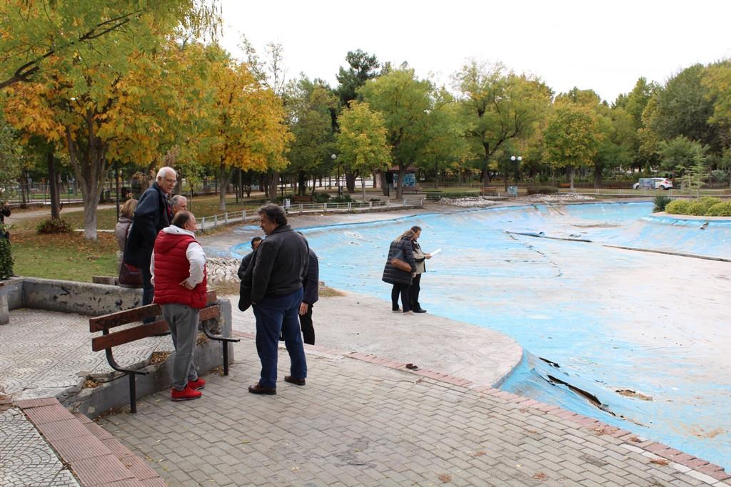 Εντατικές εργασίες στο Αλκαζάρ για την ετοιμασία του Χριστουγεννιάτικου θεματικού πάρκου της Λάρισας (ΦΩΤΟ)