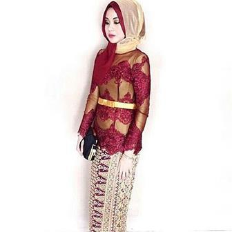 Baju Kebaya Muslim Berjilbab
