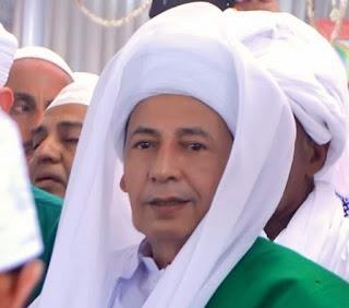 Biografi Habib Lutfi Bin Yahya Pekalongan