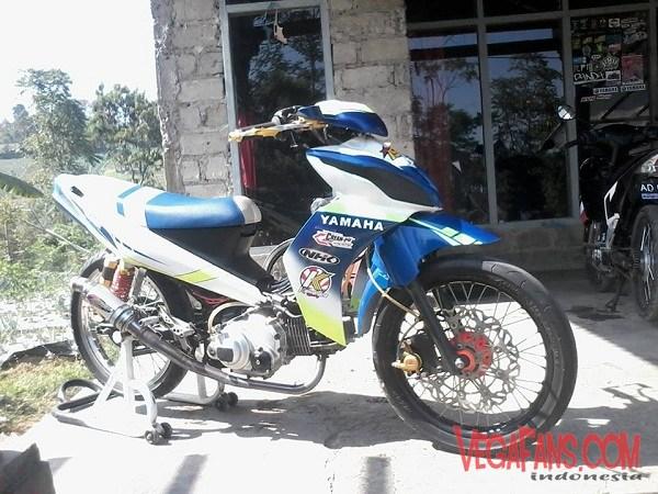 Modifikasi Vega ZR Road Race Biru Hitam