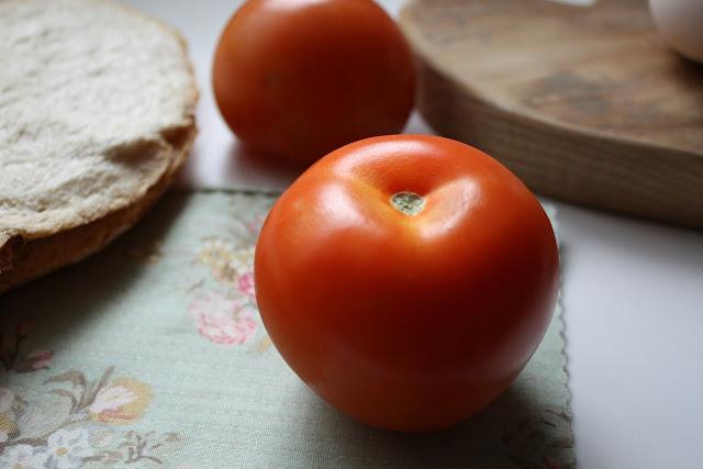 http://mediasytintas.blogspot.com/2016/04/tomate.html