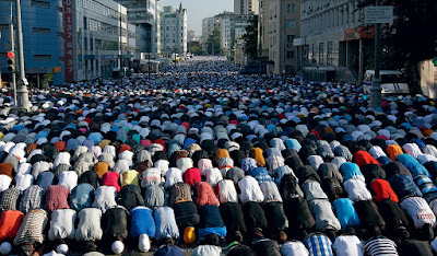 Muslim men in Europe praying