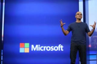 Ο επικεφαλής της Microsoft Nadella: Γιγαντιαία κέρδη χάρη στις cloud υπηρεσίες