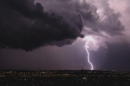 Roncador e Janiópolis entre as cidades com mais incidências de descargas atmosféricas por ano
