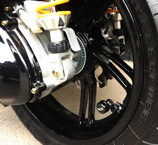 Cảm biến áp suất lốp SH300i