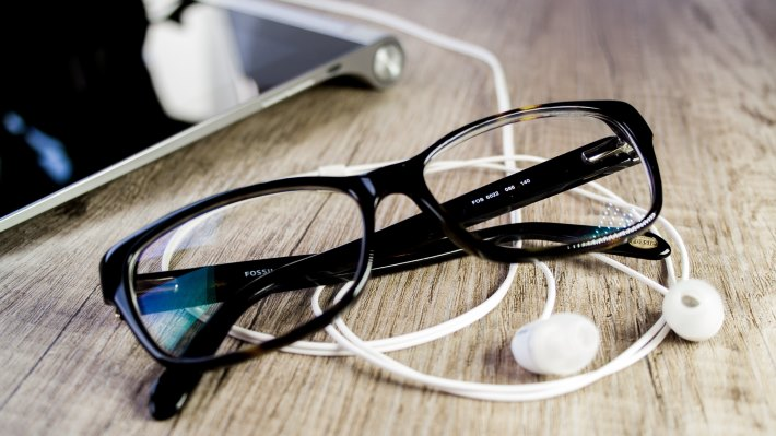 Wallpaper 2: At the office: Tablet, headphones and glasses