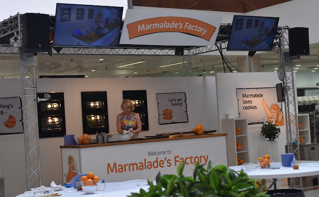 intu Merry Hill, Meeting Marmalade and making cookies