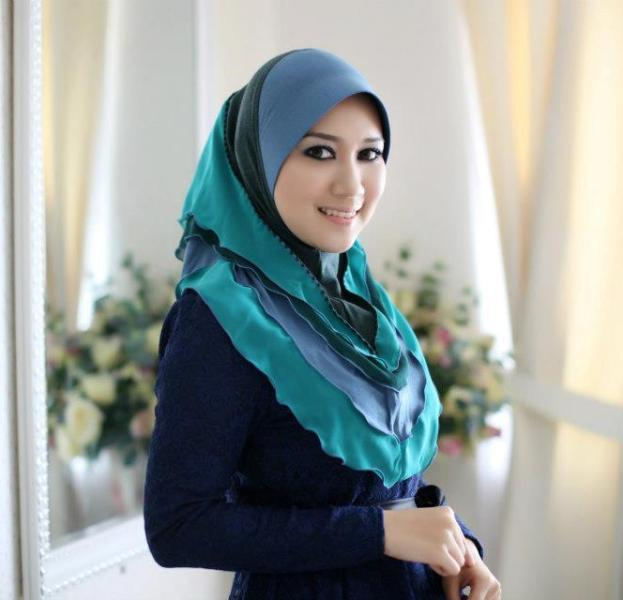 malay girl wear scarf having sex