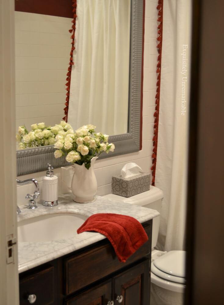 Cottage Style Bathroom Decor Spa Feel