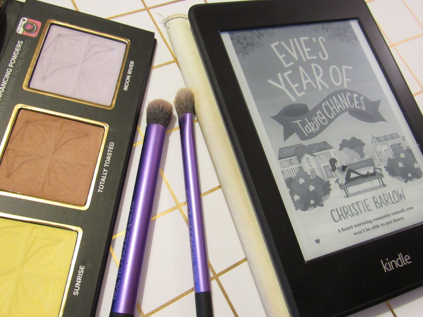 Blooming Fiction, lifestyle blog, Evie's Year Of Taking Chances Book Review