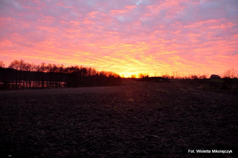 #Fotograficznie: Listopadowy zachód słońca na Warmii.