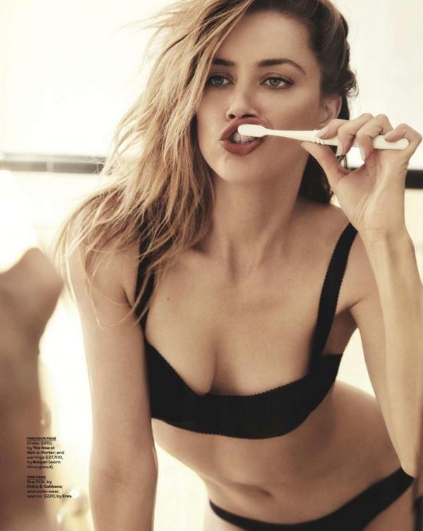 Amber Heard sexy body naked lingerie bikini