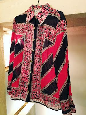 古着のオシャレなシャツ