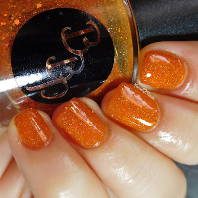 mamaheartspolish-bbp-citrine-shimmer-swatch-ottlite-lights