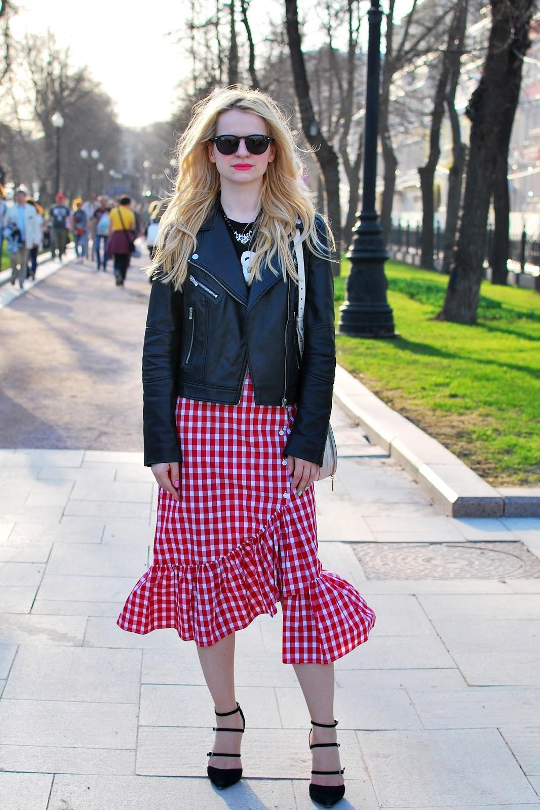 модные блоггеры, тренды 2017, тренд клетка, как носить юбку миди