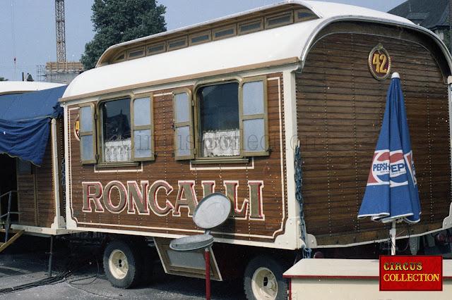 le petit bureau du directeur du Cirque Cirque Roncalli