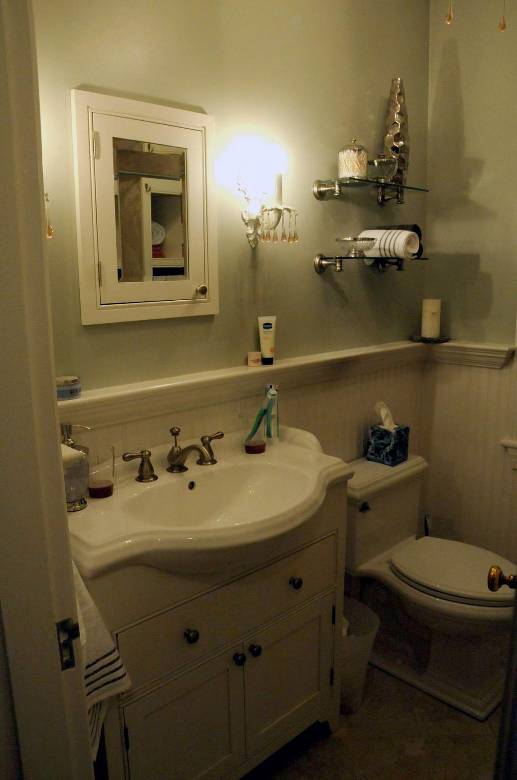 a misallocation of resources: diy: bathroom decor