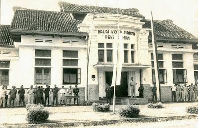 Foto jadul Balai kota madya Pekalongan