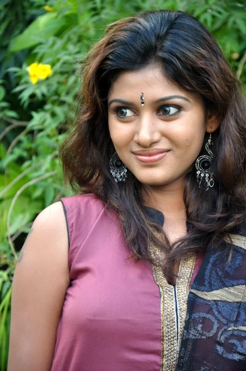 Tamil Actress Hot Photos 2012 Oviya Tamil Actress Hot -3760