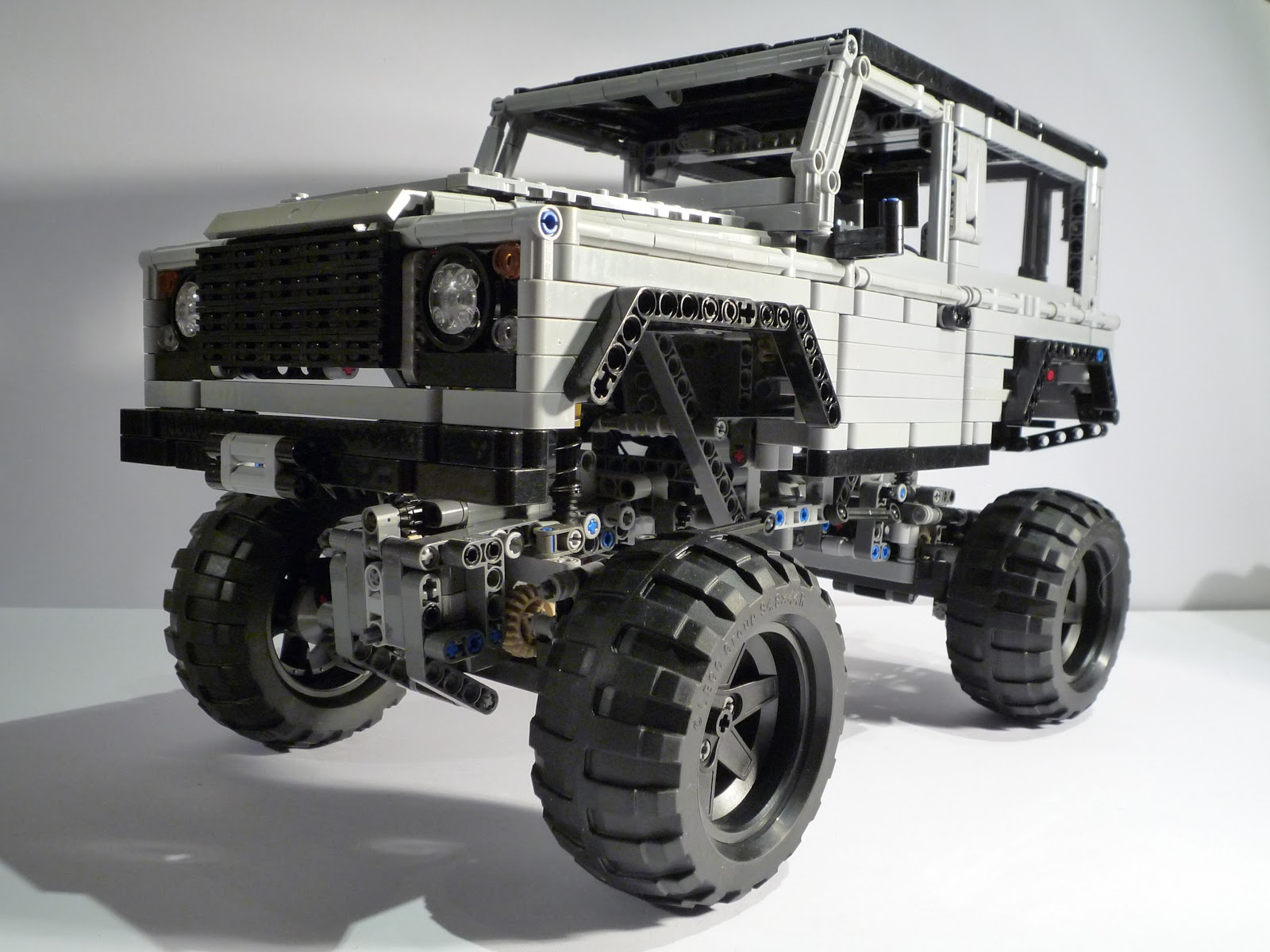 LandRover Defender 90 on 9398 chassis JaapTechnic