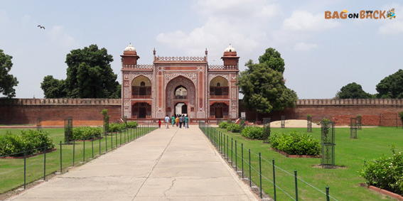 Itimad-Ud-Daulah-Agra