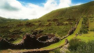 """Pikkilacta, a """"Cidade das Pulgas"""", em Cusco"""