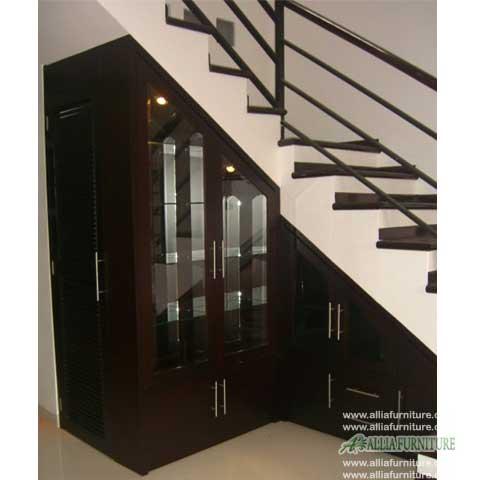 Lemari bawah tangga minimalis volvo