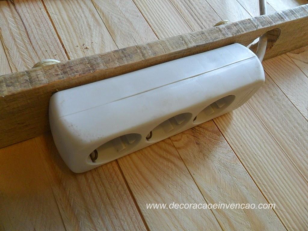 Painel de TV super fácil de fazer com madeira de forro/ lambril. #452F12 1024x768