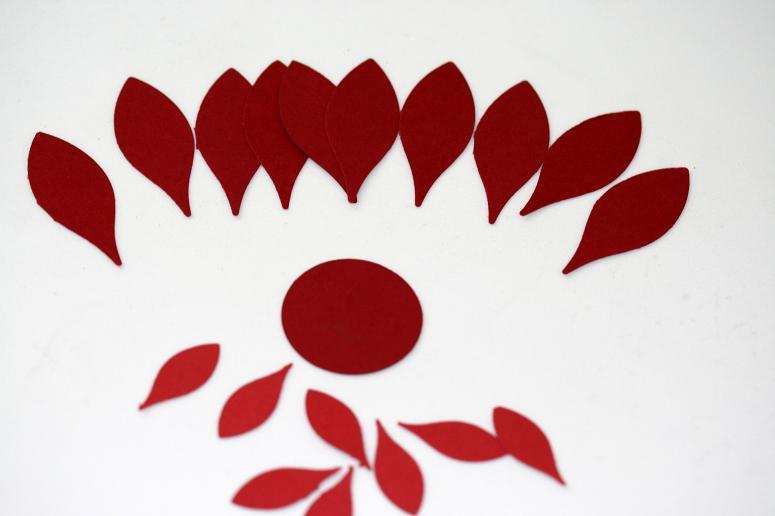 Designed By Maryross Como Hacer Una Flor De Noche Buena O Poinsettia