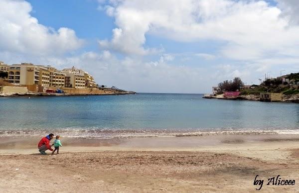 plaja-st-julians-malta