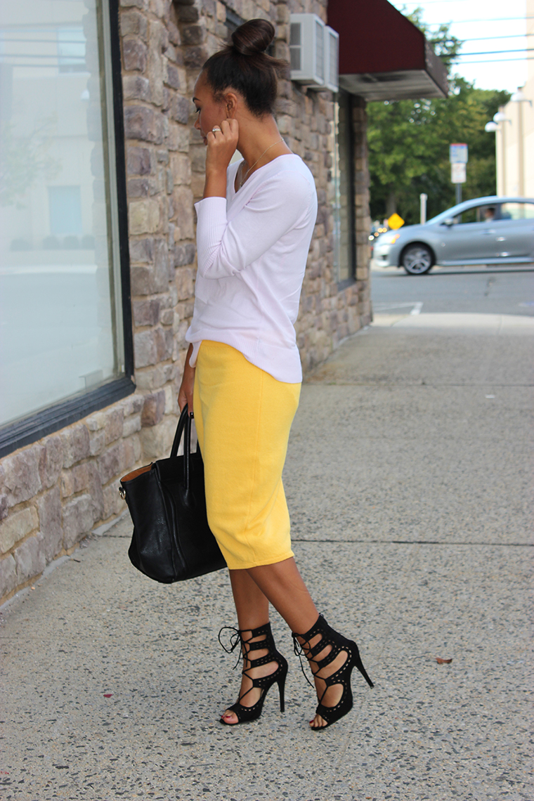 28 Yellow Outfit Ideas For Summer