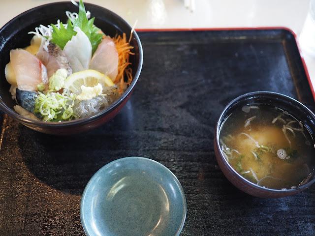 新安浦港 はま蔵 海鮮丼