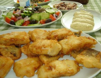 Συνταγές: ΜΠΑΚΑΛΙΑΡΟΣ - ΣΚΟΡΔΑΛΙΑ - ΦΑΒΑ